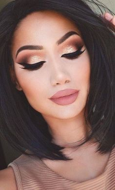 Contouring  Lashes  Feline Liner  Brown Crease  Nude Lips  Champagne Eyelid