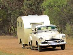 The one above is a 1955 Don 120 towed by an Australian built 1950 Chevrolet ute Vintage Caravans, Vintage Travel Trailers, Vintage Campers, Australian Vintage, Retro Caravan, Classic Chevrolet, Boogie Woogie, Gypsy Life, Tow Truck