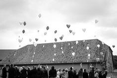 Ballons fliegen auf einer Hochzeit in Blankenburg