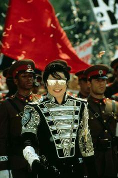 MJ HIStory