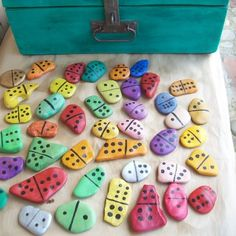 Rock Dominos For Kids- fun to collect, fun to paint and fun to play with!  Check out some of our great beaches for tons of smooth, thin rocks