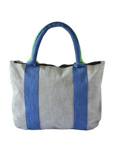 Match this Jute handbag with your denims and formal shirt or a jacket to get the perfect look you deserve.  http://www.earthenme.com/New-Arrivals/2-Stripes-Office-Grey-Handbag-id-2030778.html
