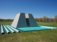 A Dialogue with Nature: Dennis Oppenheim at Storm King. Nature has always been a source of inspiration for artists, and landscape remains a favored subject for many. In the late 1960s, a group of artists, including Robert Smithson, Walter De Maria, Michael Heizer, and Dennis Oppenheim, among others, came up with the revolutionary idea to consider land itself as a medium, inherently laden as it is with cultural and historical significance. #art #sculpture #sculpturegarden #artnews