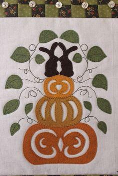 The Raspberry Rabbits: Pumpkin Kisses Pattern!