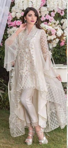 For Price & Queries Please DM us or you can Message/WhatsApp 📲 We provide Worldwide shipping🌍 ✅Inbox to place order📩 ✅stitching available🧣👗🧥 &shipping worldwide. 📦Dm to place order 📥📩stitching available SHIPPING WORLDWIDE 📦🌏🛫👗💃🏻😍 . Pakistani Fashion Party Wear, Pakistani Wedding Outfits, Indian Fashion Dresses, Indian Designer Outfits, Party Wear Indian Dresses, Wedding Dresses, Stylish Dresses For Girls, Stylish Dress Designs, Designs For Dresses