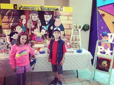 Dipper Pines cosplay, Mabel Pines cosplay, Gravity Falls party, mesa de dulces, gemelos, twins Gravity Falls Costumes, Gravity Falls Cosplay, Dipper Pines, Mabel Pines, Fall Birthday Parties, 12th Birthday, Sonic And Shadow, Toddler Boys, Kids