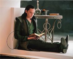 "Original Signed Color Photo of Tom Hiddleston of ""Thor 2 | #483519072"