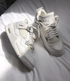 Dr Shoes, Swag Shoes, Hype Shoes, Me Too Shoes, Shoes Heels, Footwear Shoes, Jordan Shoes Girls, Girls Shoes, Sneakers Fashion