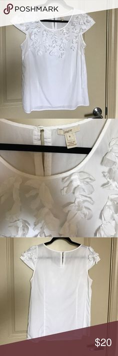 J. Crew white ruffled blouse 100% cotton fitted blouse. Beautiful with brightly colored pants or skirts. Very, very slight discoloration in armpits as shown. J. Crew Tops Blouses