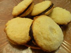 #LowCarb Vanilla Cream Sandwich Cookies with Chocolate Filling Shared on https://www.facebook.com/LowCarbZen