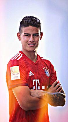 James Rodriguez Colombia, James Rodrigues, Thomas Muller, Fc Bayern Munich, Man United, Cristiano Ronaldo, Football Players, Beautiful Men, Celebrities