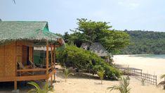 First row Sin Htauk Beach Hotel