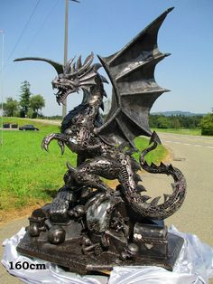 - Scrap Metal Dragons by Recyclart