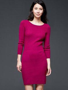 Ribbed waist long-sleeve dress
