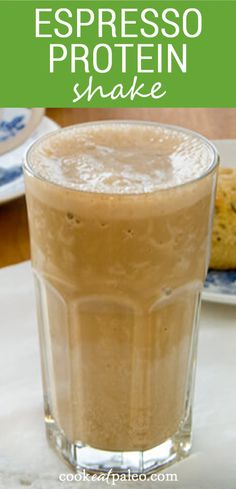 This espresso protein shake is creamy and thick like a frozen coffee shop drink. So good and perfect when you need a healthy breakfast smoothie! Whole 30 Breakfast, Clean Eating Breakfast, Healthy Breakfast Smoothies, Healthy Breakfasts, Healthy Breakfast Recipes, Easy Healthy Recipes, Quick Easy Meals, Healthy Drinks, Fun Recipes