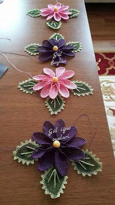 Irish lace Irish crochet flower motives, off white flower a Bead Crochet, Crochet Motif, Irish Crochet, Crochet Lace, Needle Lace, Bobbin Lace, Lace Flowers, Crochet Flowers, Crochet Stitches
