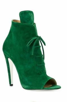 52 Stiletto Boots That Will Make You Look Cool - New Shoes Styles & Design Lace Up Booties, Bootie Boots, Shoe Boots, Ankle Booties, Suede Booties, Pretty Shoes, Beautiful Shoes, Zapatos Shoes, Shoes Sandals