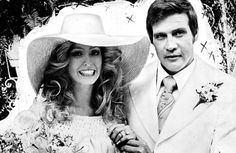 Farrah Fawcett and her husband Lee Majors on their wedding day in 1973 ...
