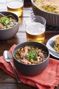 Black-Eyed Pea Chili with Smoked Sausage Recipe Smoked Sausage Recipes, Chili Recipes, Cheesy Crust, Cooking Recipes, Healthy Recipes, Southern Hospitality, Black Eyed, Fresh Garlic, How To Dry Oregano