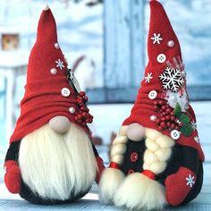 Очаровательные гномы от Helen's Decor   OK.RU Country Christmas Crafts, Handmade Christmas Crafts, Elf Christmas Decorations, Diy Christmas Gifts For Kids, Christmas Makes, Christmas Gnome, Christmas Ornaments, Christmas Stationery, Diy Weihnachten