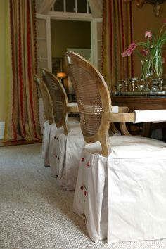 When the chair backs are beautiful - slipcovered dining chair seats with button detail in back Furniture Slipcovers, Dining Chair Slipcovers, Chair Upholstery, Sofa Chair, Upholstered Chairs, Dining Chairs, Room Chairs, Dining Room, Chair Backs