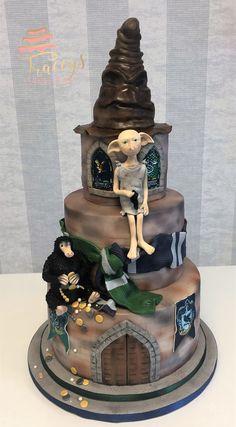 Harry Potter wedding cake Source by emmagreddick Harry Potter Fiesta, Harry Potter Food, Harry Potter Theme, Harry Potter Facts, Harry Potter Fandom, Gateau Harry Potter, Harry Potter Wedding Cakes, Harry Potter Birthday Cake, Hallowen Food