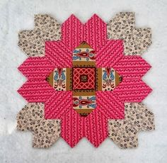 Sew and Sow Farm: EPP - tutorial with honeycomb paper pieces