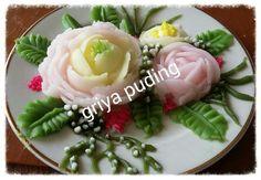 Jelly creame flowers yg menyehatkan Jelly Cream, Flower Food, Buttercream Flowers, Tart, Panna Cotta, Cabbage, Recipies, Pudding, Sweets