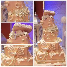engagement cake  @ specialcakesbyruben