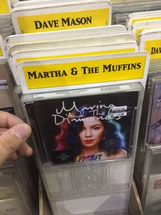"Marina and the Diamonds omg addy ""martha and the muffins XD"