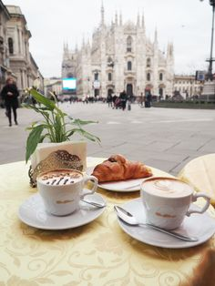 Morning Coffee in Milan Coffee Is Life, Coffee Love, Coffee Break, Morning Coffee, Coffee Shop, Morning Mood, Best Christmas Markets, Christmas Holidays, Best Winter Destinations
