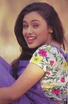 Old Bollywood Movies, Vintage Bollywood, Beautiful Girl Indian, Beautiful Indian Actress, Indian Celebrities, Bollywood Celebrities, Indian Actresses, Actors & Actresses, Madhuri Dixit Hot