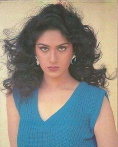 #muvyz051017 #BollywoodFlashback #80s #Diva #MeenakshiSeshadri #muvyz #instapic #instagood #instagood