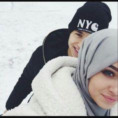 Gitme adamım... Ben sensiz ne yaparım... #couple #hijab #couplehijab #henna #ins #insta #instago #instagood #instagram #instagramer #aztagram #aztagramer #azerbaycan #aşk #love #mylife #myheart #gülümse #ℹ