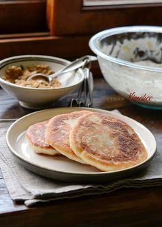How to make sweet Korean pancakes, Hotteok (호떡)