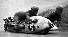 H. Hubacker at Oliver's Mount Road Races, Yorkshire. 1969 #riding #motorcycles #motos | caferacerpasion.com