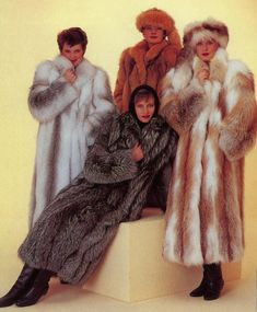 fur fashion directory is a online fur fashion magazine with links and resources related to furs and fashion. furfashionguide is the largest fur fashion directory online, with links to fur fashion shop stores, fur coat market and fur jacket sale. Fox Fur Coat, Fur Coats, Fur Coat Fashion, Fur Clothing, Fabulous Furs, Vintage Fur, Fur Jacket, Style Guides, Mantel