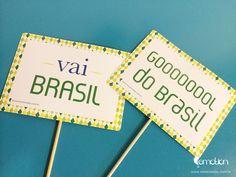 Kit festa para a copa Brasil |  World Cup 2014 Brazil Party Kit | Festa personalizada Brasil |  Plaquinhas para fotos Copa do mundo
