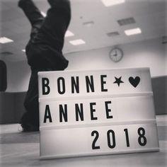 Bonne année 2018. On vous souhaite une superbe année pleine de sucre d'épices et de tas de bonnes choses. Si vous n'avez pas la référence pensez très fort à une année pleine d'efforts et de réussites c'est la même chose. . . . . #bonneannee #happynewyear #vothuat #vanvodao #girlswhofight #artsmartiaux #martialarts #empowerment #selfdefense #powerpuffgirls #sportpourelles #sportsdecombat #parisienne #paris #paris11 #martialarts #artsmartiaux #vothuat #vanvodao #vocotruyen