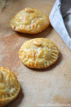 Minis Galettes des rois à l'Orange et à la Cannelle Minis, Pineapple, Brunch, Orange, Fruit, Food, King Cakes, Cinnamon, Flat Cakes