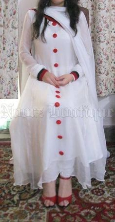 white suit with red buttons Anarkali Dress, Pakistani Dresses, Indian Dresses, Indian Outfits, White Anarkali, Pakistani Clothing, Lehenga Gown, Pakistani Couture, Hijab Dress