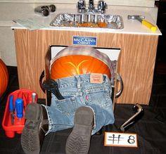 Pumpkin Plumber's Crack