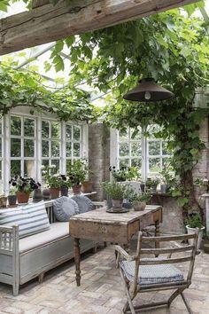 Patio Pergola, Backyard Patio, Backyard Landscaping, Pergola Kits, Pergola Ideas, Cheap Pergola, Diy Patio, Patio Wall, Budget Patio