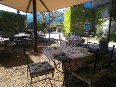 Restaurant Celinà à Oppede les vieux, Provence