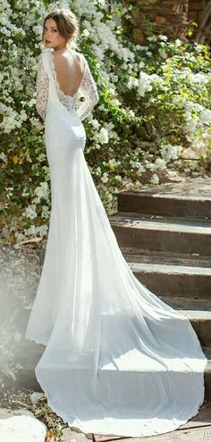 Very Elegant Fitted Lace Wedding Dress Open BackSilky