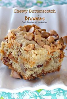 Chewy Butterscotch Pecan Brownies #blondies