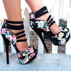 awesome Shoespie Flower Print Peep Toe Back Zipper Platform Heels Dream Shoes, Crazy Shoes, Me Too Shoes, Pretty Shoes, Beautiful Shoes, Gorgeous Heels, Hot Shoes, Shoes Heels, Black Shoes