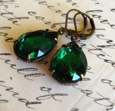 Emerald Drops by HollywoodHillbilly www.etsy.com/...