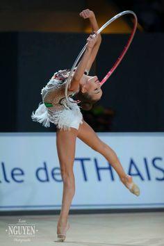 Dina Averina (Russia) won gold in hoop finals at Grand Prix (Thiais) 2017