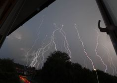 https://flic.kr/p/McGjJ3 | Busy Storm over Newbury, UK | A large lightening…